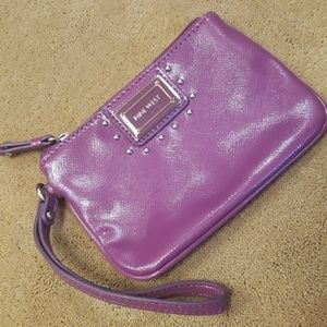 Nine West purple patent wristlet purse